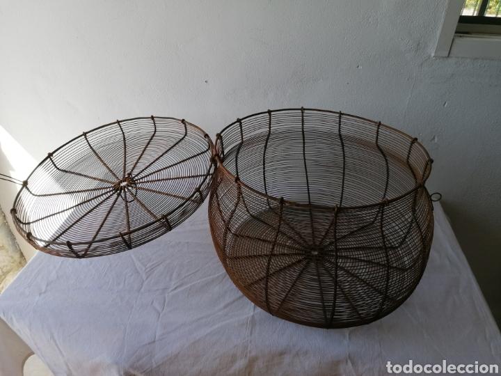 Vintage: Cesta de hierro con tapa - Foto 4 - 211555266