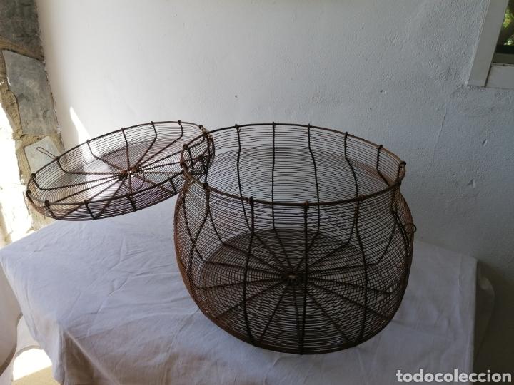 Vintage: Cesta de hierro con tapa - Foto 6 - 211555266