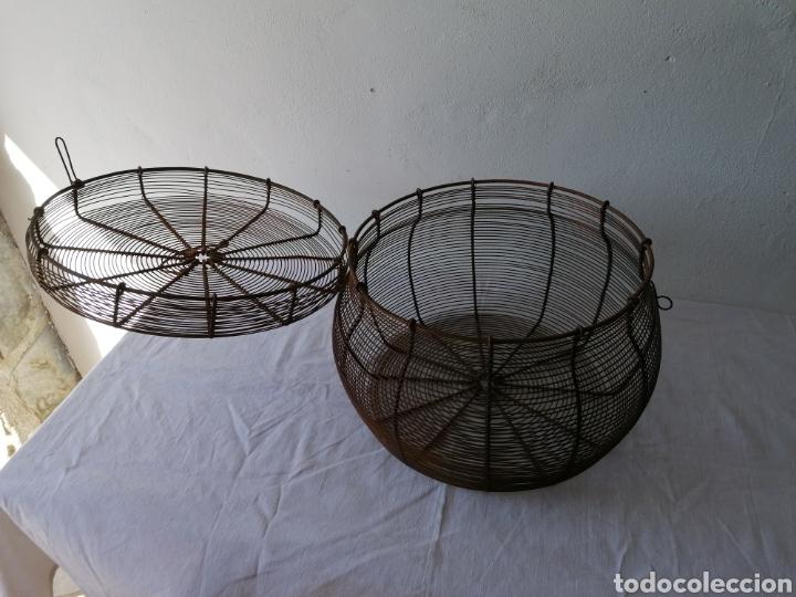 Vintage: Cesta de hierro con tapa mediana - Foto 3 - 211555571