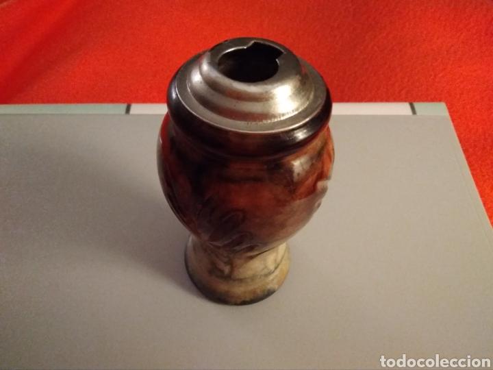 BASE DE PIEDRA PARA MECHERO CLIPPER SIGLO XX. NO SE INCLUYE EL MECHERO. VINTAGE. (Vintage - Varios)