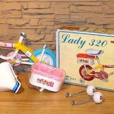 Vintage: ANTIGUA BICICLETA INFANTIL LADY 320, DE COLOMA Y PASTOR - NUEVA Y EN SU CAJA ORIGINAL - A ESTRENAR. Lote 213706861
