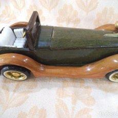 Vintage: COCHE DE MADERA. Lote 213918720