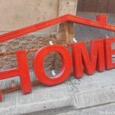 Vintage: CARTEL CON LUZ. PLASTICO SOPORTE METAL. HOME. Lote 213955841