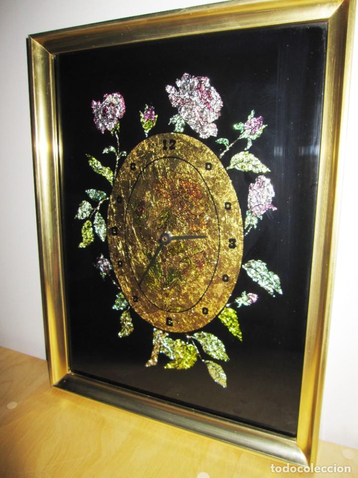 Vintage: Cuadro reloj vintage kitsch artesanal floral brillos dorado - Foto 2 - 214943950