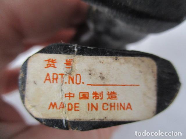 Vintage: Bonita pareja de patos de madera Chinos. 16 y 17 cm de altura. - Foto 8 - 220759508