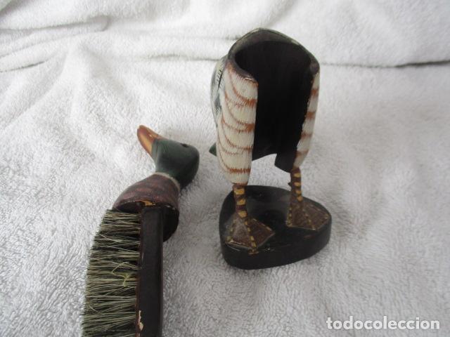 Vintage: Bonita pareja de patos de madera Chinos. 16 y 17 cm de altura. - Foto 18 - 220759508