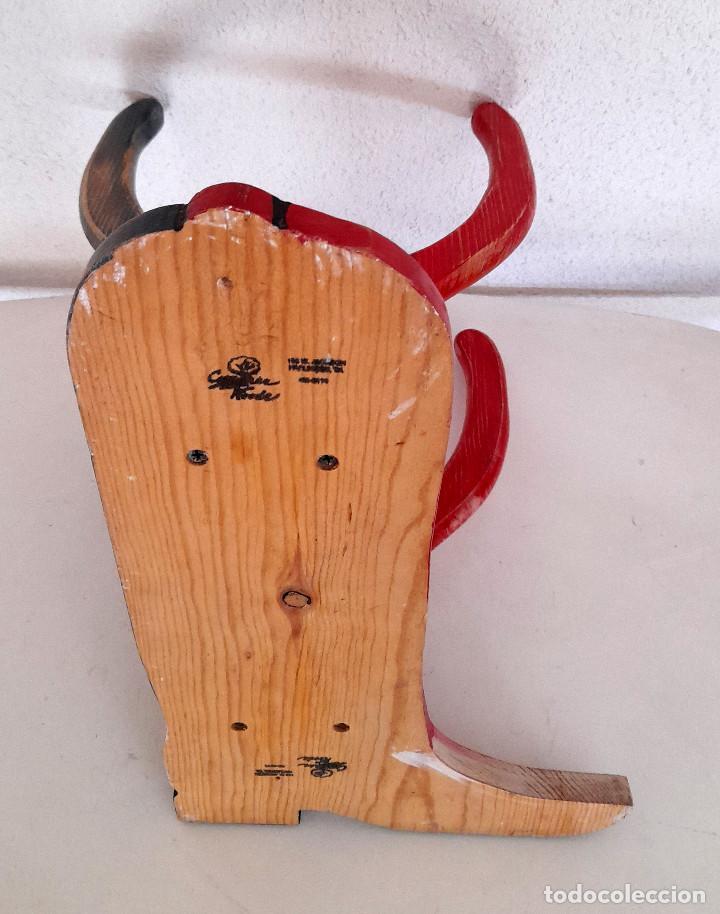 Vintage: Raro Expositor de pared soporte madera bota campera vaquera publicidad calzado country 45 cm alto - Foto 8 - 221094967