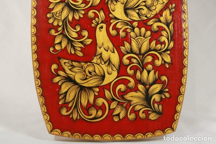 Vintage: Tabla soviética Khokhloma pintada sobre madera - Foto 3 - 221307067