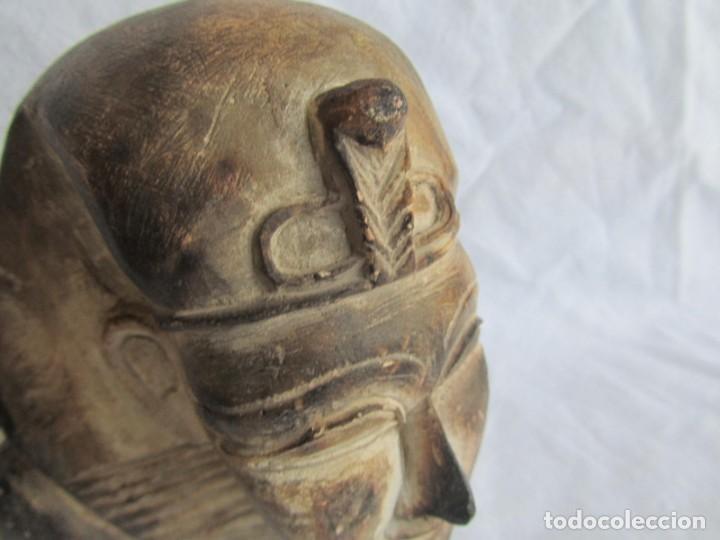 Vintage: Figura busto egipcio tallado en piedra, Tutankamon - Foto 3 - 221390283