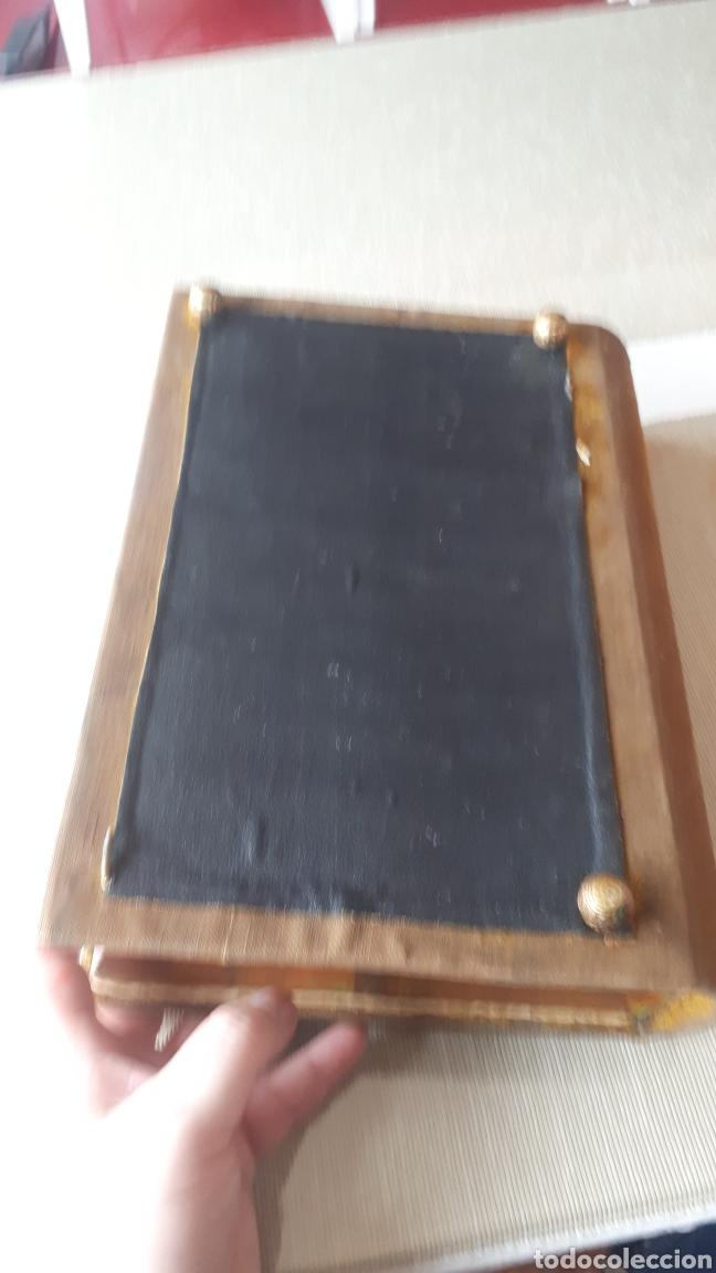 Vintage: Antiguo joyero forma libro con tapadera bordada a mano años 60 - Foto 5 - 221908528