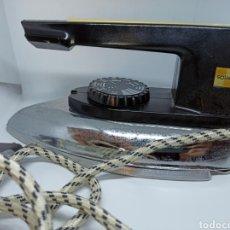 Vintage: PLANCHA AUTOMÁTICA SOLACE VINTAGE. Lote 222719083