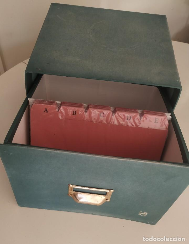 Vintage: Antigua caja cajón archivador clasificador fichero de oficina. Centauro. Años 60. Con fichas - Foto 3 - 225915336