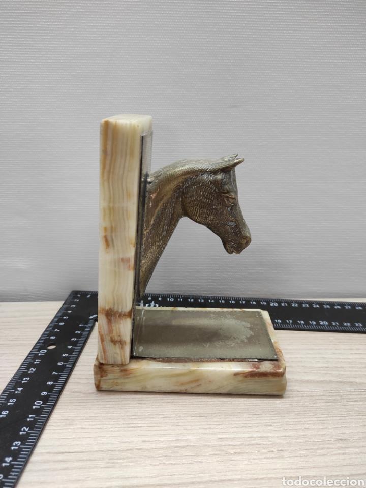 Vintage: Sujeta libros cabeza de caballo alpaca y mármol - Foto 3 - 226781520