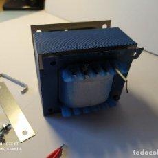 Vintage: TRANSFORMADOR DE RED/ 220 A 125 WATIOS/ 500 VA. Lote 228280460