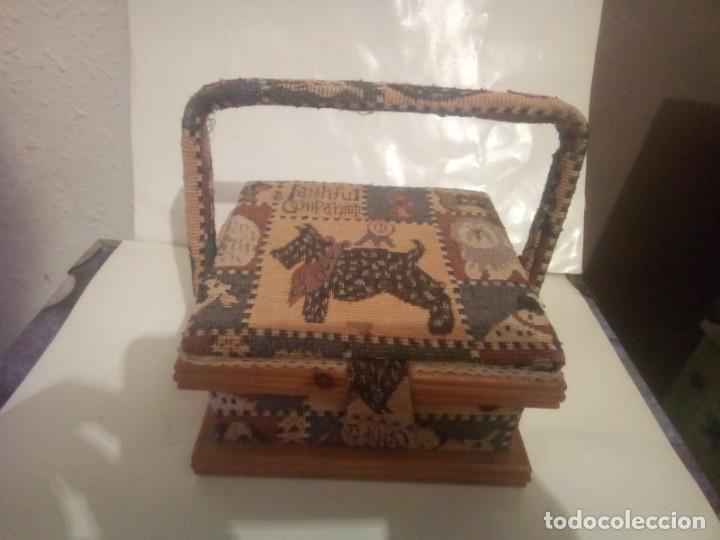 Vintage: antiguo costurero de madera y tela - Foto 2 - 230608795