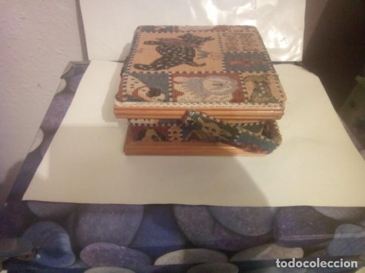 Vintage: antiguo costurero de madera y tela - Foto 6 - 230608795