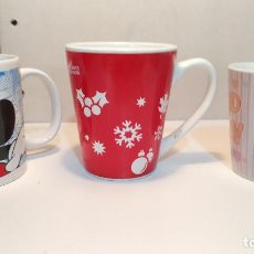 Vintage: LOTE 3 TAZAS / MUGS - (MICKEY MOUSE - HELLO KITTY - COCA COLA). Lote 235287730