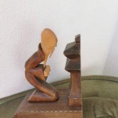 Vintage: FIGURA DE MADERA. Lote 238490515