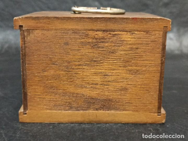 Vintage: Mueblecito con posavasos. C8 - Foto 3 - 239387440