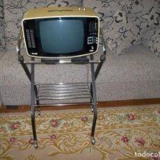 Vintage: TELEVISION PORTATIL ELBE-BLANCO Y NEGRO-12 PULGADAS-AÑOS 70. Lote 238702290