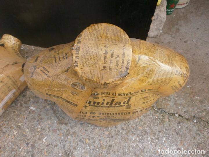 Vintage: MANIQUÍ HOMBRE TORSO FORRADO PAPEL PERIODICOS ANTIGUOS ALTURA 57 CM. ANCHO 50x25 CM. - Foto 2 - 243877040
