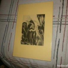 Vintage: CUADRO ABSTRACTO FOTOGRAFÍA PLASTIFICADO VINTAGE SOBRE MADERA (3) BLANCO Y NEGRO MEDIDA 32,5X22 CM.. Lote 245071610
