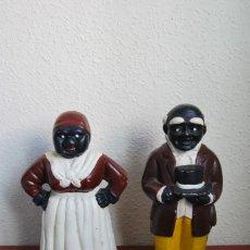 Vintage: PAREJA DE HUCHAS DE HIERRO FUNDIDO - NEGROS - GRAN PESO. Lote 245890300