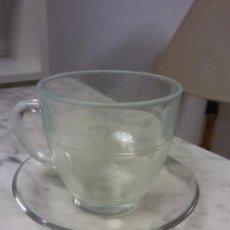 Vintage: BONITO JUEGO DE TE O CAFE. EN CRISTAL. MEDIDAS TAZA DIÁMETRO 8 CM ALTO 7 CM. PLATO DIAM 11 CM.. Lote 253709190