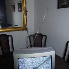 """Vintage: ESPECTACULAR TELEVISOR SANYO CE14A8 ABSOLUTAMENTE NUEVO VINTAGE TELEVISION A ESTRENAR 14"""" AÑOS 90´S. Lote 257743705"""