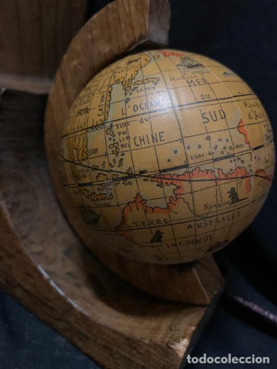 Vintage: Preciosa pareja de sujetalibros en madera, globo terraqueo o bolas del mundo. Excelente estado - Foto 7 - 261118015