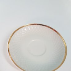 Vintage: PLATITO CAFE PORCELANA ROYAL CHINA. Lote 262292240
