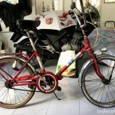 Vintage: BICICLETA BH VINTAGE PLEGABLE, ROJA, EN FUNCIONAMIENTO, SOLO ROTO EL FARO TRASERO. Lote 263182755