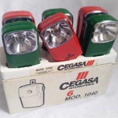 Vintage: CAJA DE LINTERNAS CEGASA AÑOS 80/90 MADE IN SPAIN ENERGIZER TXIMIST WONDER TUDOR JUPITER EVEREADY. Lote 270588733