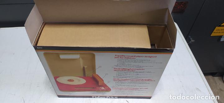 Vintage: fisher-price portable record player tocadiscos a pilas nuevo en su caja 1983 hong kong - Foto 2 - 278425483