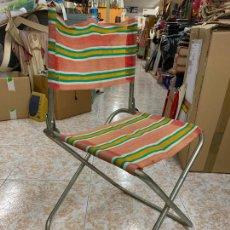 Vintage: ANTIGUA SILLA PLEGABLE DE CAMPING O JARDIN. MIDE UNOS 70CMS ALTO Y EL ASIENTO ESTA A 40CMS. Lote 279377393