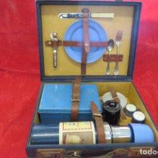 Vintage: ANTIGUA MALETA DE PICNIC INGLESA - UNA PRECIOSIDAD CON TERMO INGLES - AÑOS 40. Lote 283448853