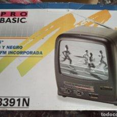 "Vintage: TV 5"" PRO BASIC YT-8391N BLANCO Y NEGRO TELEVISION / RADIO PORTÁTIL VINTAGE. Lote 288357218"