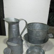 Vintage: LOTE REGADERA, JARRON Y 3 CUBOS DE ZINC. Lote 288379793