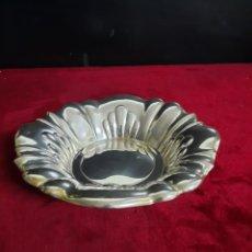 Vintage: CENTRO DE MESA DE METAL PLATEADO. Lote 288461818