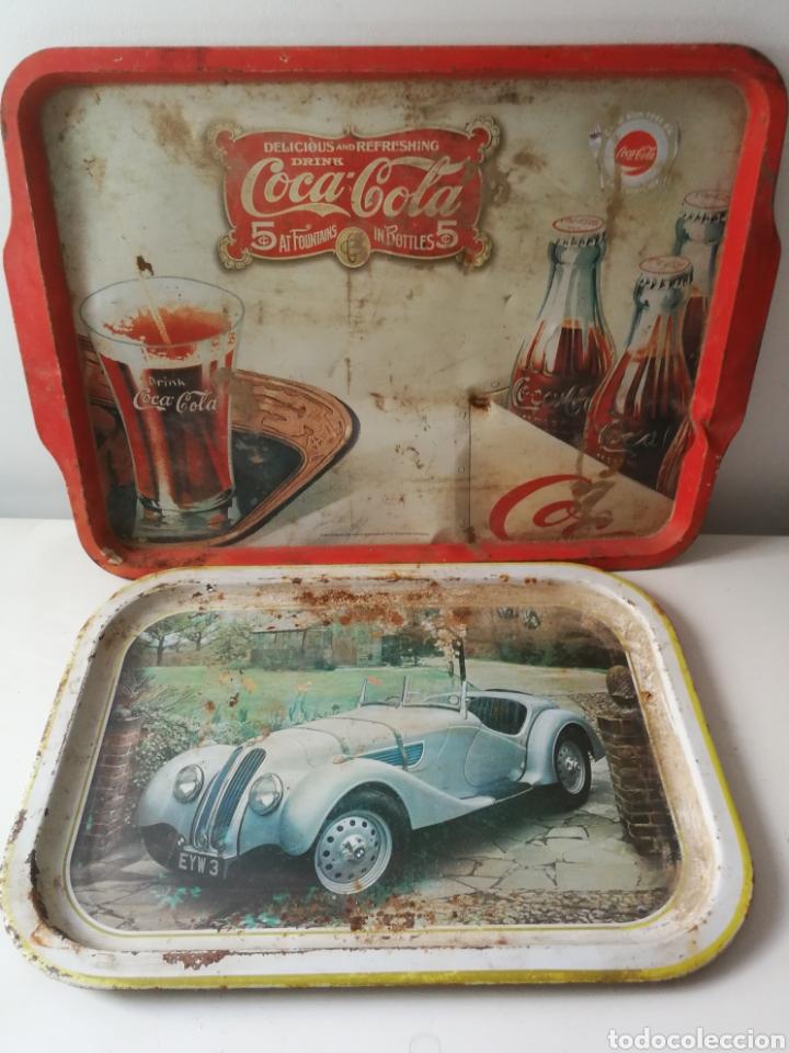 BANDEJAS DE HOJALATA VINTAGE COCA COLA Y BMW (Vintage - Decoración - Varios)